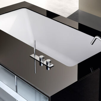 MY STYLE | Top and cladding in polished glass and open rack in Stainless Steel